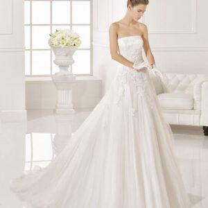 Rosa Clara, tört fehér, A-vonalú menyasszonyi ruha