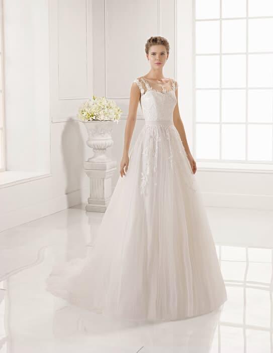 Rosa Clara, zárt, A-vonalú esküvői ruha