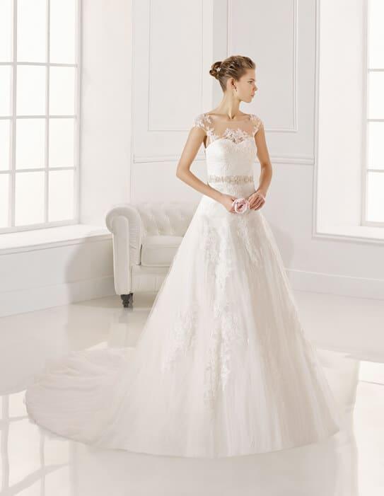 Rosa Clara, zárt, csipke esküvői ruha