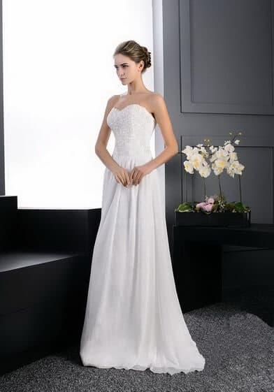 Karcsúsított, chiffon esküvői ruha
