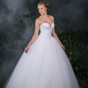 Csillogó, flitteres esküvői ruha