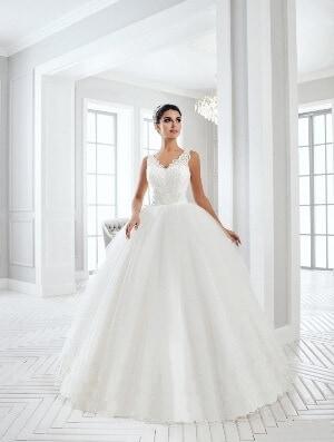 Csipke vállpántos tüll esküvői ruha