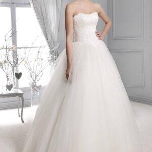 Gyöngyös tüll esküvői ruha