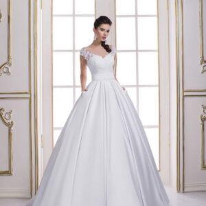 Csipke vállpántos, A-vonalú szatén menyasszonyi ruha zsebbel