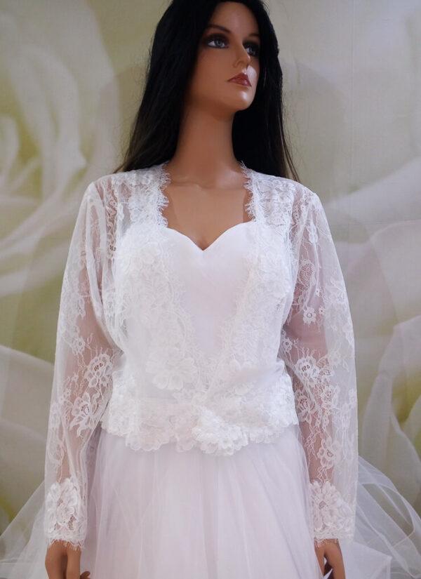 Fehér csipke menyasszonyi blézer