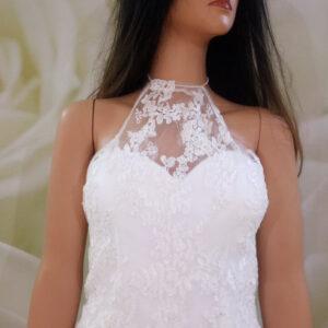 Fehér, zárt nyakú csipke menyasszonyi boleró