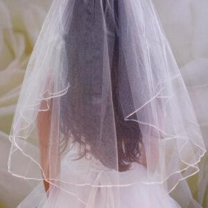Fehér szegett 2 rétegű menyasszonyi fátyol