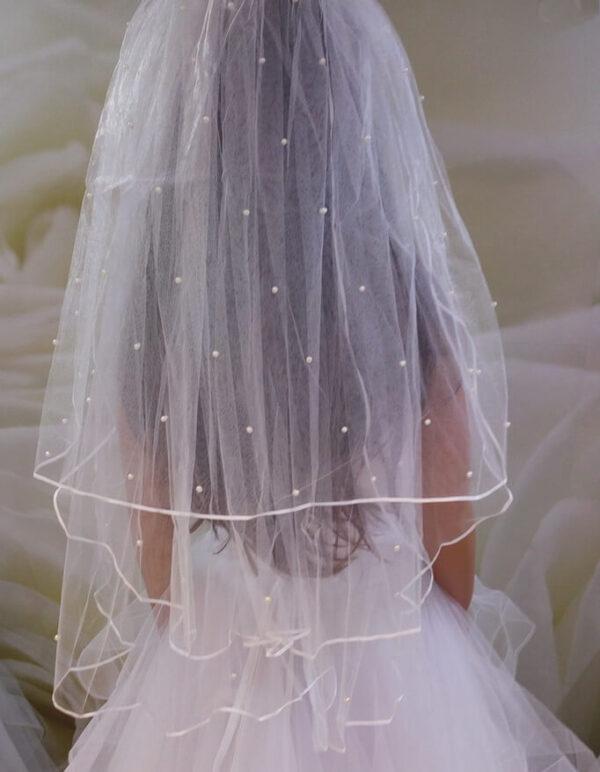 3 rétegű gyöngyös fehér menyasszonyi fátyol