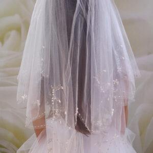 2 rétegű kristályos és gyöngyös menyasszonyi fátyol