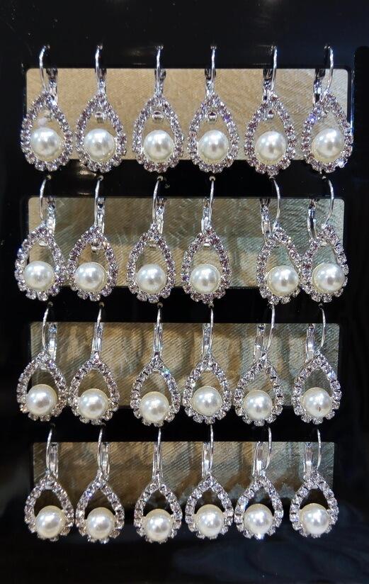 Gyöngy menyasszonyi fülbevaló