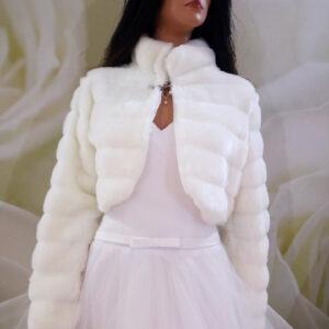 Tört fehér hosszú ujjú menyasszonyi prém kabát