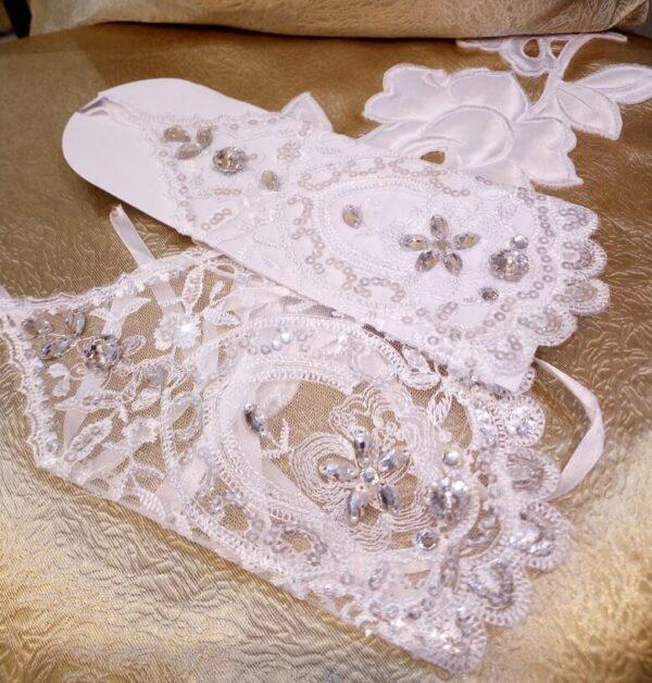 Fehér kristályos menyasszonyi kesztyű