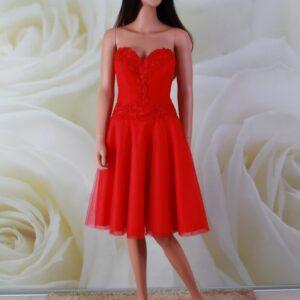 Piros tüll és csipke alkalmi ruha, menyecske ruha
