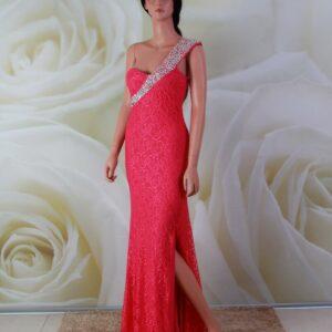 Rózsaszín, vállpántos, csipke alkalmi ruha, kristály díszítéssel