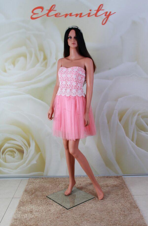 Rózsaszín tüll alkalmi ruha, csipke díszítéssel