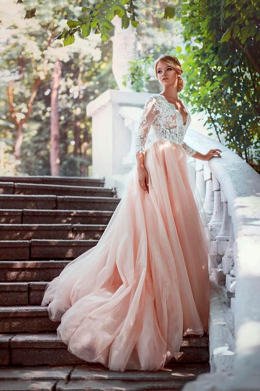 Színes, menyasszonyi ruha, menyecske ruha, koszorúslány ruha