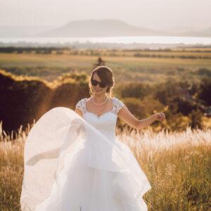 Vert csipke, A-vonalú menyasszonyi ruha