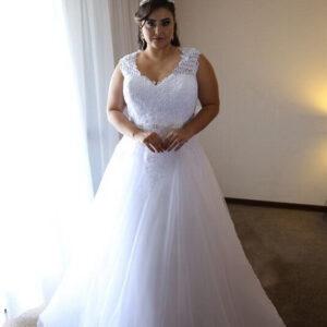 Molett fehér csipke vállpántos tüll menyasszonyi ruha