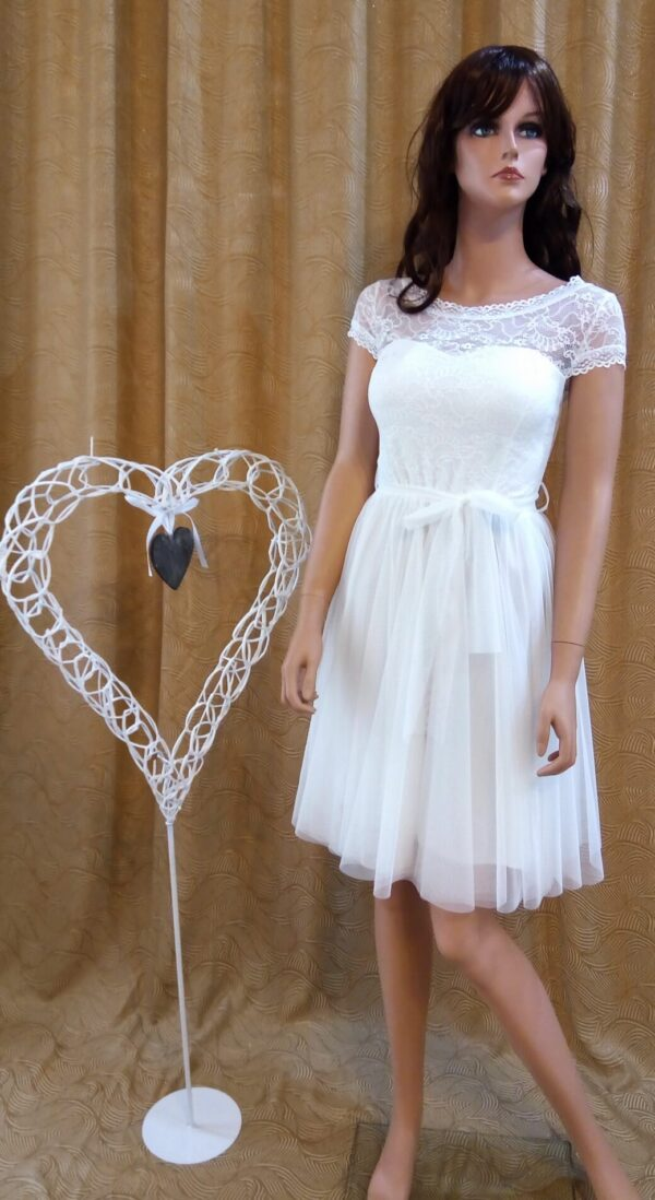Rövid, csipke alkalmi, esküvői ruha1