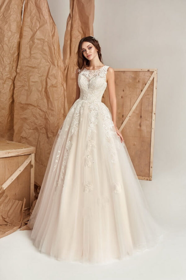 Púder csipke A-vonalú menyasszonyi ruha