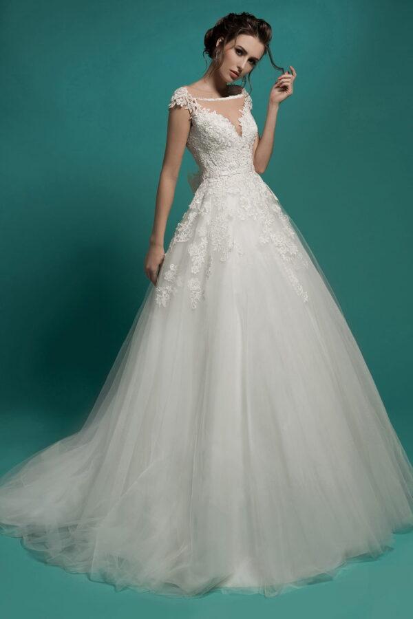 Tört fehér A vonalú menyasszonyi ruha