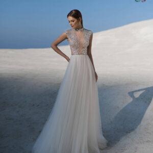 64cbc34f61 Tökéletes esküvői ruha? Nálunk megtalálod, gyere és nézz körül!