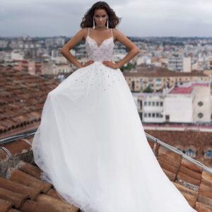 Fehér kristályos tüll menyasszonyi ruha