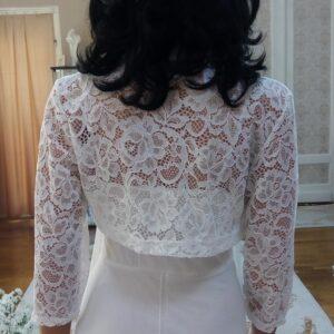 Tört fehér csipke menyasszonyi boleró