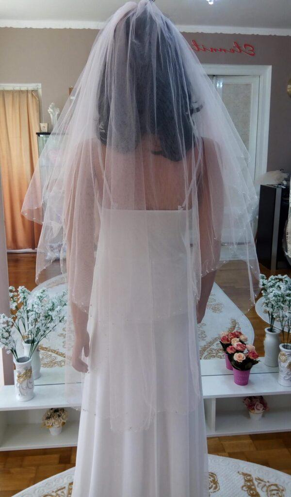 Púder rózsaszín tüll menyasszonyi fátyol