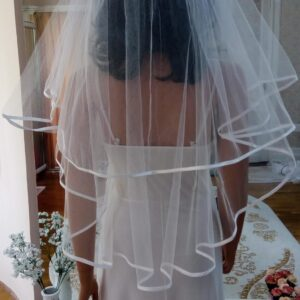 Szatén szegős 2 rétegű tüll menyasszonyi fátyol