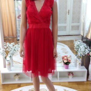 Piros, csipke felsős menyecske ruha 1