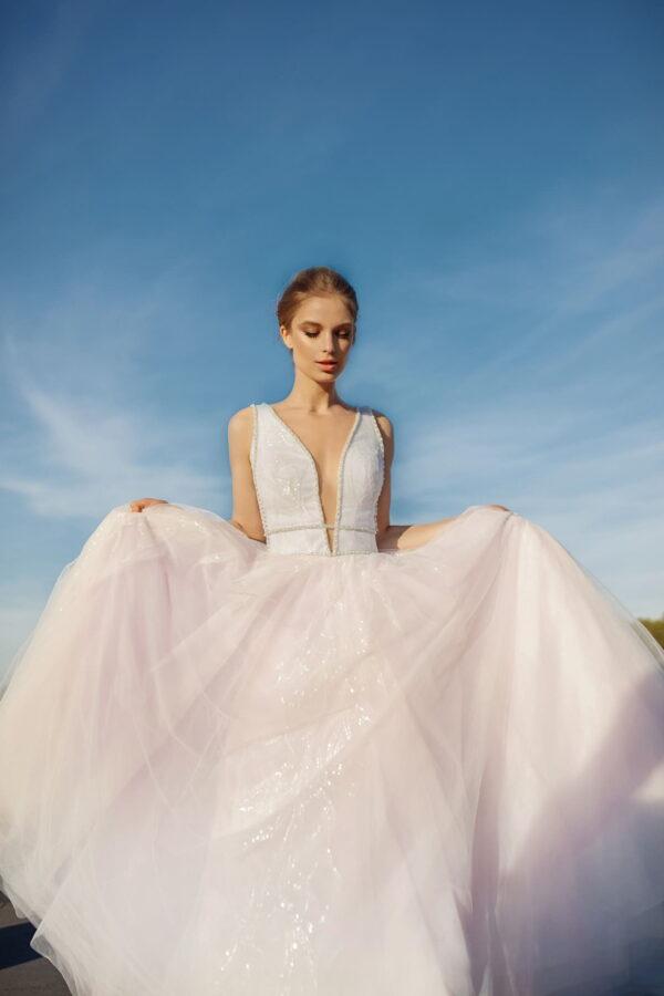 Világos rózsaszín tüll menyasszonyi ruha 1