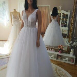 Csillámló tüllös menyasszonyi ruha 1