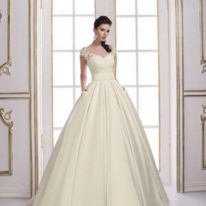 Ekrü, szatén csipke vállpántos zsebes menyasszonyi ruha