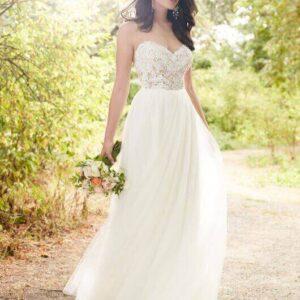 3d virágos tüll egyenes menyasszonyi ruha