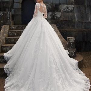 Háromnegyedes zárt csipke ujjas tüll menyasszonyi ruha 1