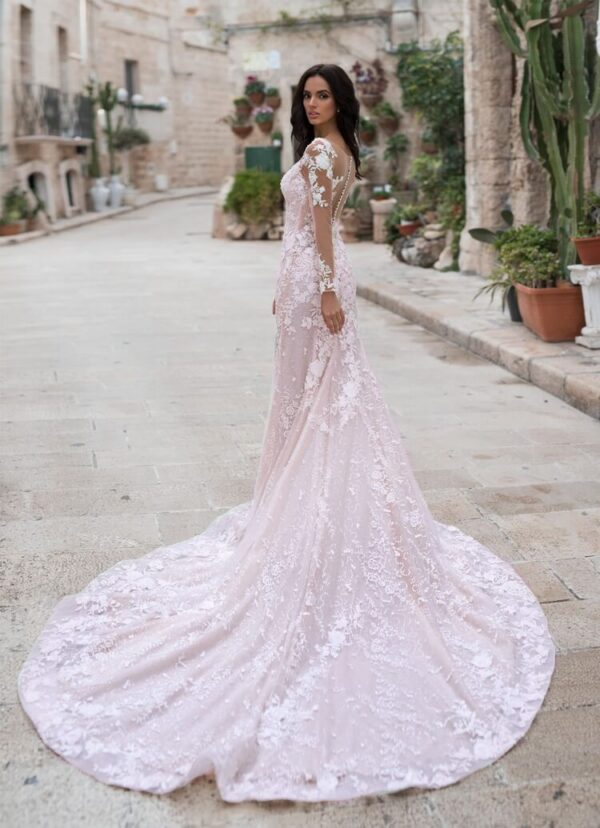 Hosszú ujjas csipke púder menyasszonyi ruha 1