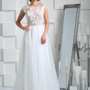 Lágy esésű zárt menyasszonyi ruha 1