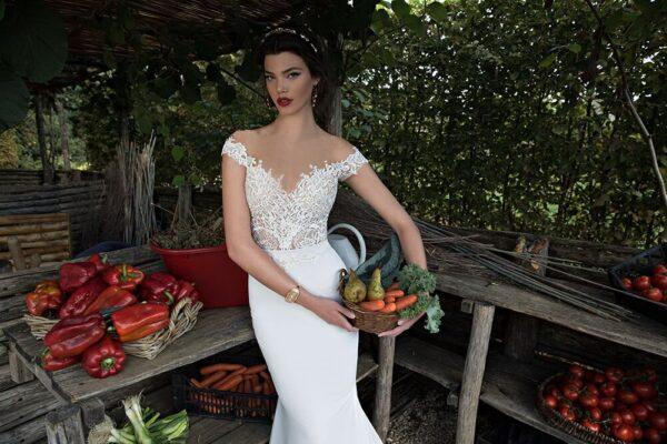 Selyem szatén ekrü menyasszonyi ruha 1