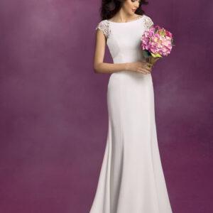 Egyenes chiffon menyasszonyi ruha