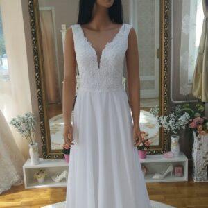 fehér, chiffon vállpántos menyasszonyi ruha 1