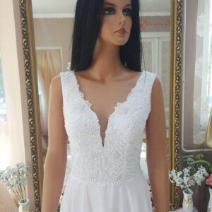 fehér, chiffon vállpántos menyasszonyi ruha 2