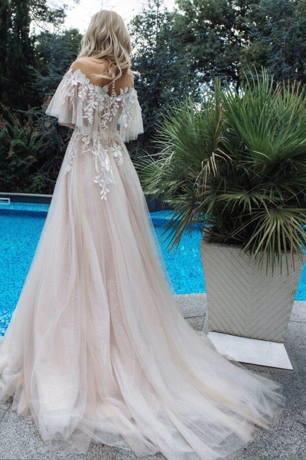Ejtett vállpántos, cappuccino tüll menyasszonyi ruha 1