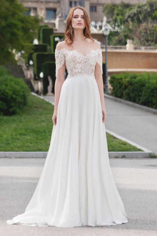 Ejtett vállpántos, tört fehér chiffon menyasszonyi ruha 1