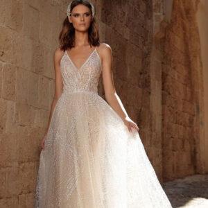 Csillogó, kristályos púder menyasszonyi ruha