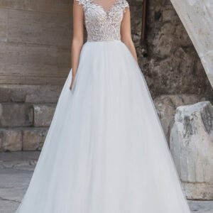 Csipke vállpántos, ekrü menyasszonyi ruha 1