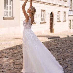 Tört fehér, karamell csipke vállpántos tüll menyasszonyi ruha 1