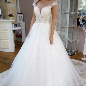 Csillogó, A-vonalú tüll menyasszonyi ruha 1