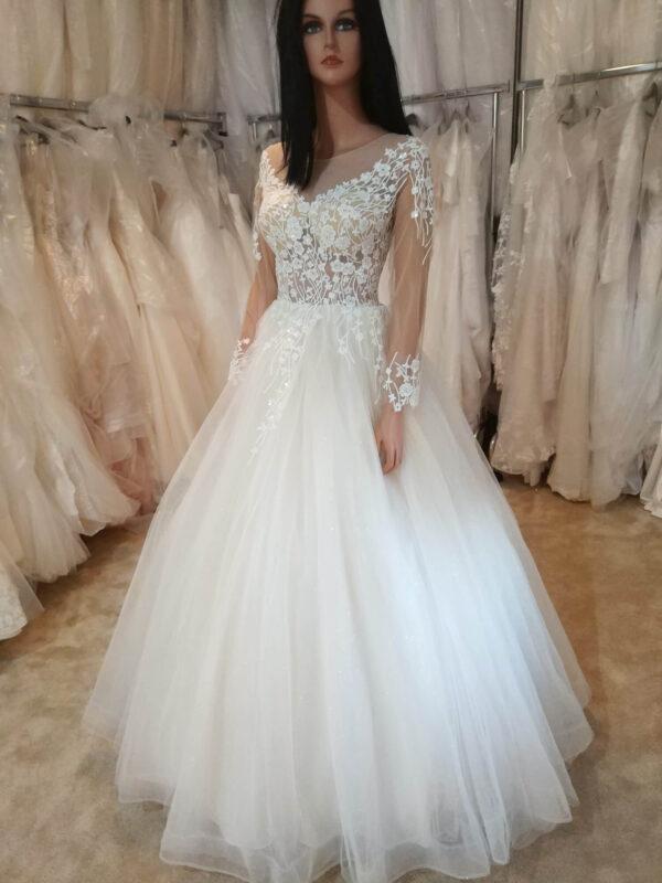 Hosszú ujjas tüll menyasszonyi ruha 1