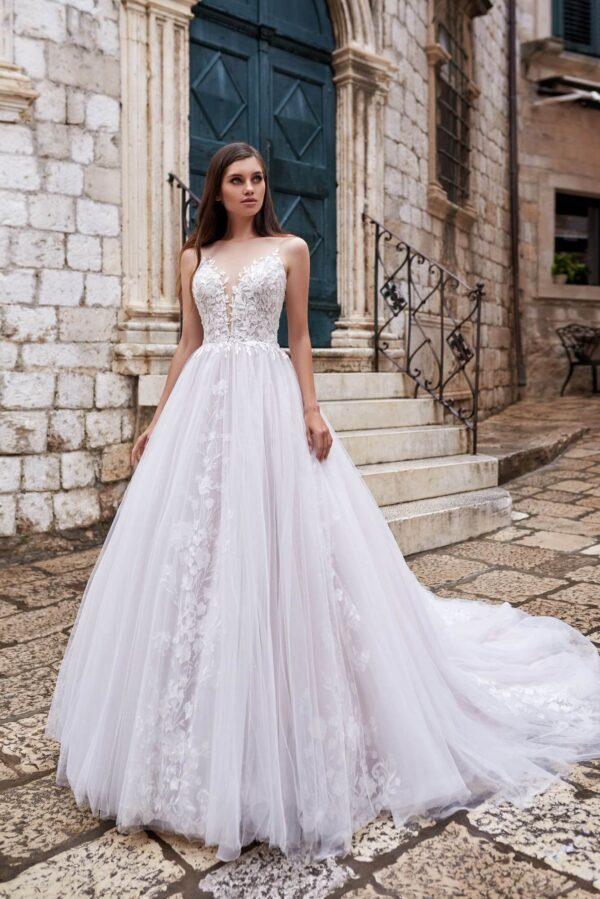 light karamell A vonalú menyasszonyi ruha 1 (2)